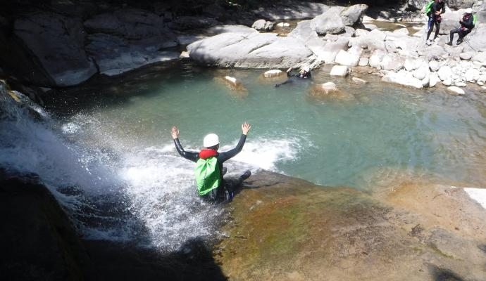 Canyoning dans le torrent de la Lance